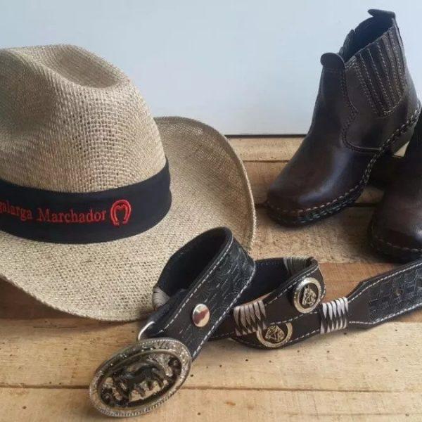 0fecfa16e4f7a Kit Botina Bota Country Infantil + Cinto Cowboy + Chapéu | D&R Cintos